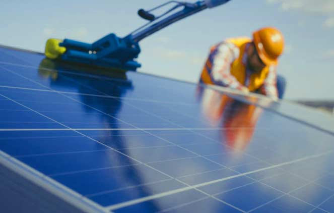 DQ Electrical & Solar Adelaide - Cleaning Solar Panels